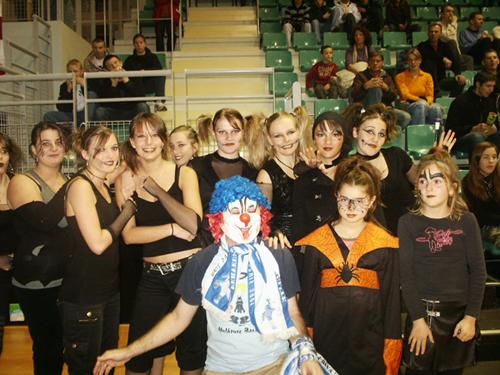 [L'Anniversaire du Clown] Et 1! Et 2! Et 3! Et 4-0! C11